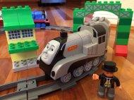 ciuchcia z klocków Lego